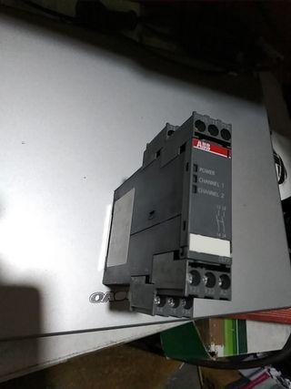 relé de seguridad ABB C577 de 2 canales nuevo