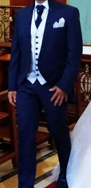 traje de novio Enzo Romano