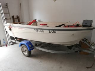 vendo barca de recreo 3,20 mtr, motor 8 cv