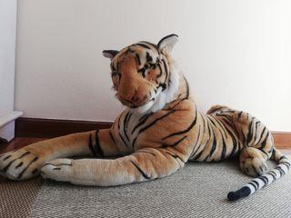Tigre de peluche tamaño gigante