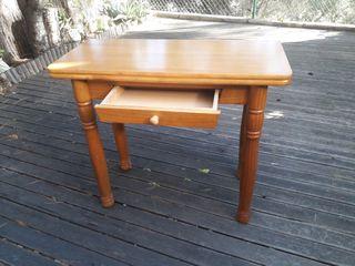 Mesa de cocina de madera maciza