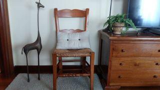 silla de madera maciza