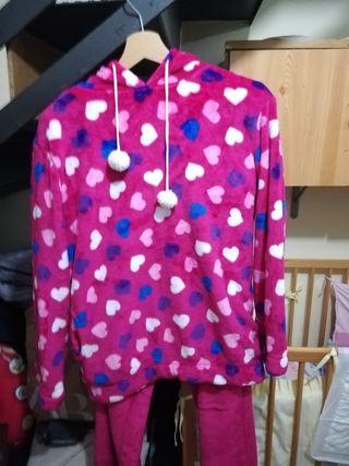 pijama polar de corazones
