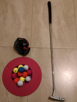 Palo de golf y bolas, nuevo