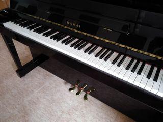 Piano vertical Kawai