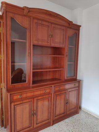 vitrina de madera