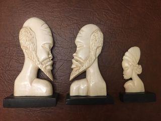 3 estatuas de marfil en buen estado