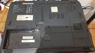 Dos ordenadores portátiles