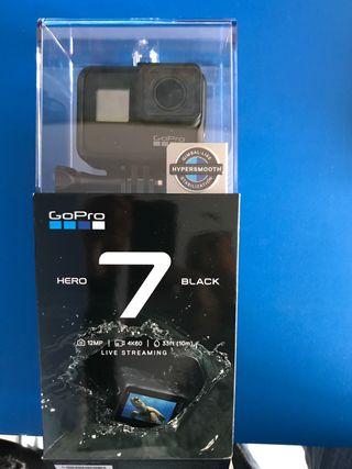 GoPro Hero 7 Black + accesorios