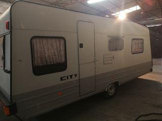 Caravana City 490 Ks 750kg