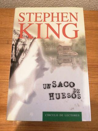 """LIBRO """"UN SACO DE HUESOS"""" (STEPHEN KING)"""