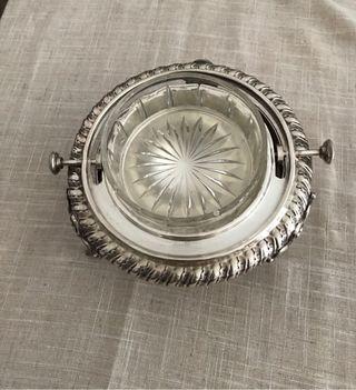 Mantequillero de plata