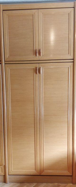 Cama abatible plegable con armario superior