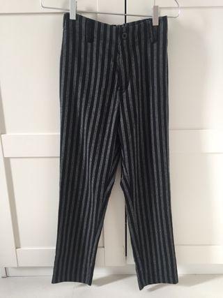 Pantalones subdued