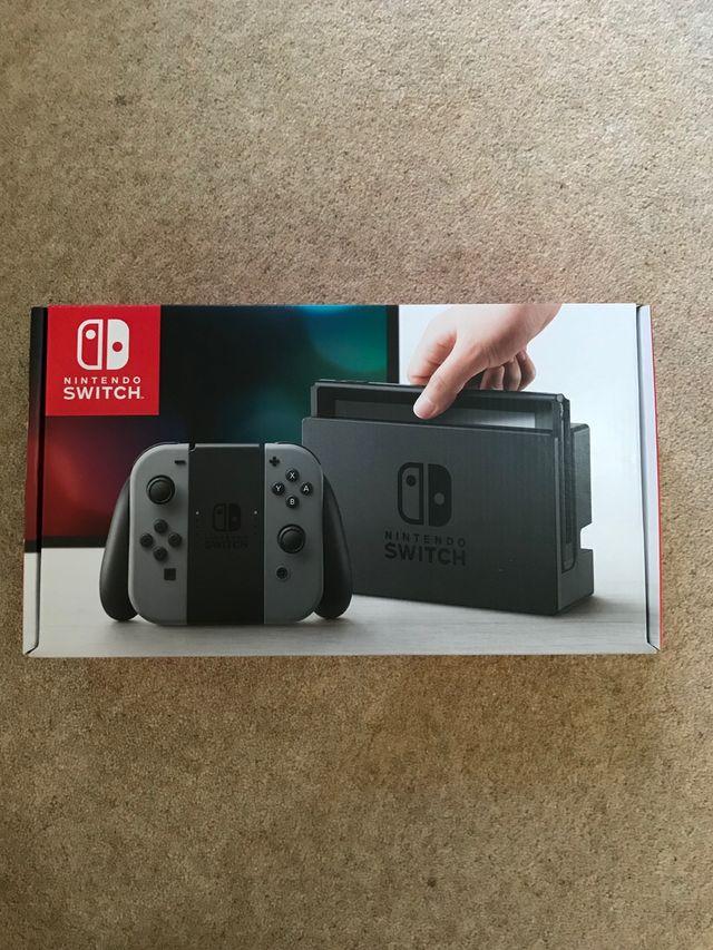Nintendo switch - BRAND NEW/SEALED
