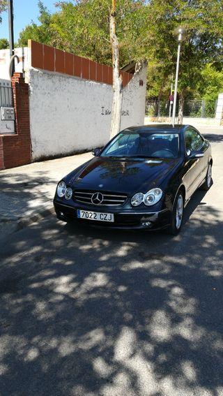 Mercedes-Benz CLK 2005