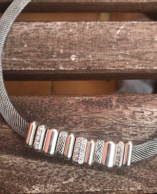 Collar/gargantilla plateada (NEW)
