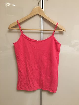 Camiseta básica rosa fucsia sin estrenar