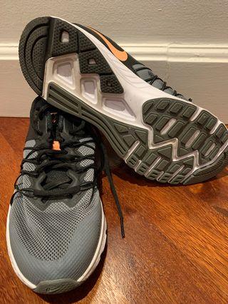Zapatillas Nike Air talla 39 40 de segunda mano por 15 € en