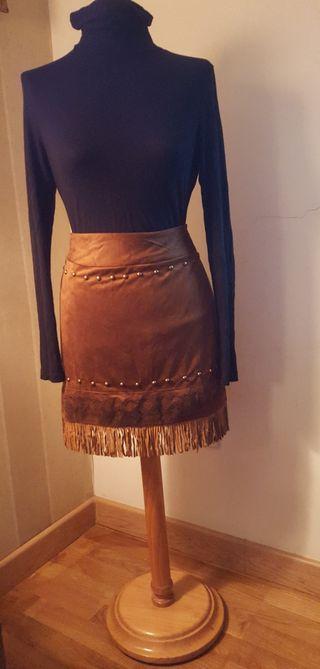 Falda de Flecos Nueva.