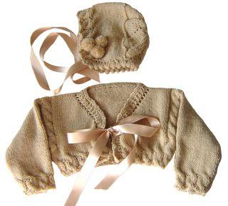 Conjunto chaqueta rebeca y capota 3-6 meses, nuevo