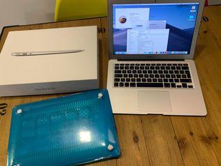 MacBook Air 13 2017 i5 , 8GB RAM , SSD 256GB