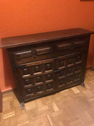Mueble castellano cajonera