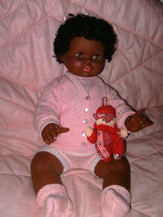 Antigua muñeca Dulzona negrita de b.b.vintage