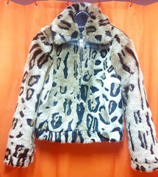 Cazadora animal print leopardo de Sfera