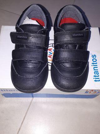 zapatos titanitos talla 24