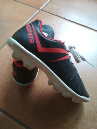 botas infantiles de fútbol