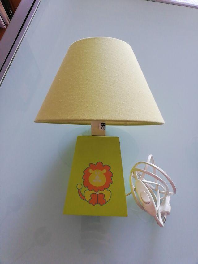 Lámpara sobremesa infantil
