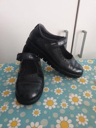 zapatos colegio
