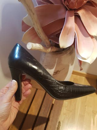 Zapato salon NUEVO talla 36
