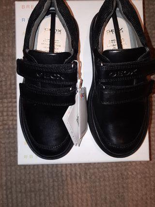 zapatos negros geox piel 28 nuevos