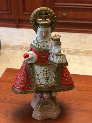 Figura Santina de Covadonga