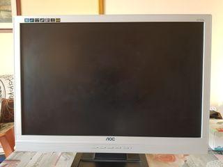 Monitor de 22 pulgadas de la marca AOC.