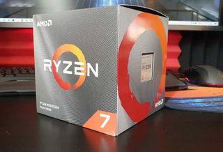 AMD Ryzen 7 3800X + Disipador RGB (precintados)
