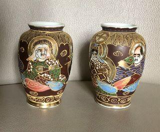 Paire de vase Satsuma Yaki de petite taille ancien