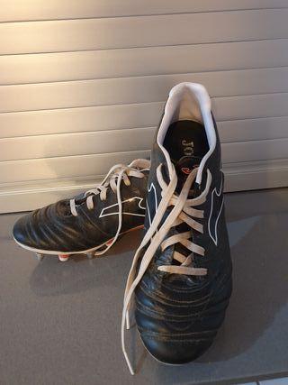 Zapatillas Joma. Botas futbol