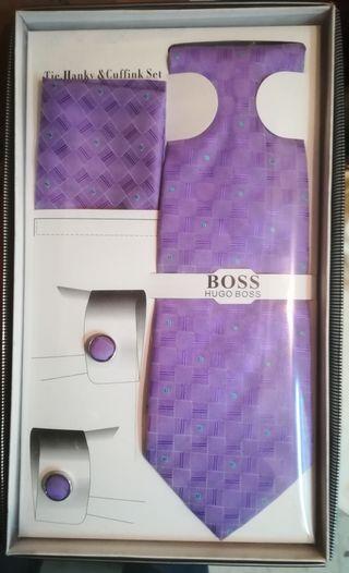 Conjunto corbata pañuelo y gemelos de seda