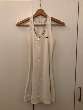 Vestido padel o tenis nike color blanco