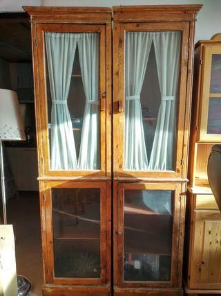 Vitrina armario en madera