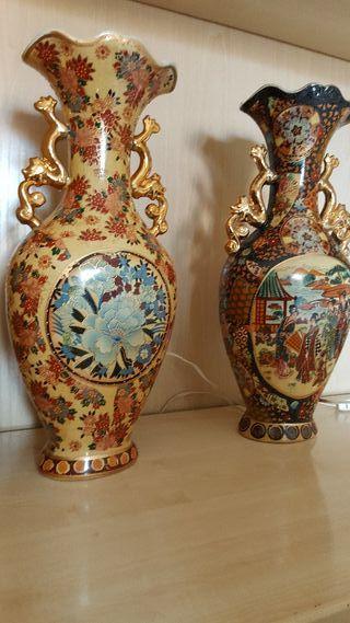 2 jarrones de porcelana