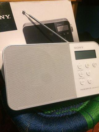 Altavoz soni radio despertador