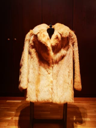 Abrigo corto piel zorro