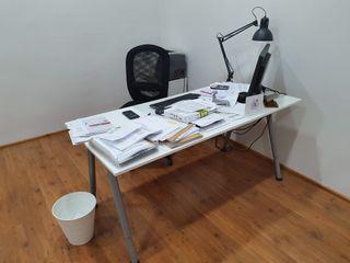 Mesa para oficina Ikea de segunda mano en Valencia en WALLAPOP