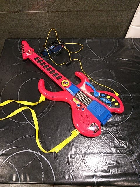 Guitarra spiderman