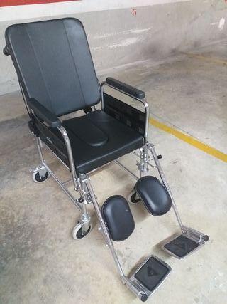 Silla de ruedas de interior con Inodoro