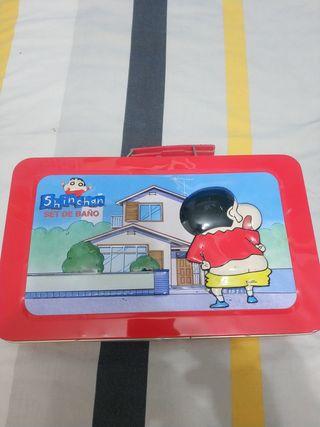 ShinChan Set de baño (caja)
